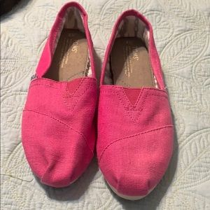 Toms hot pink!!